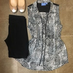 Simply Vera Vera Wang L sleeveless blouse